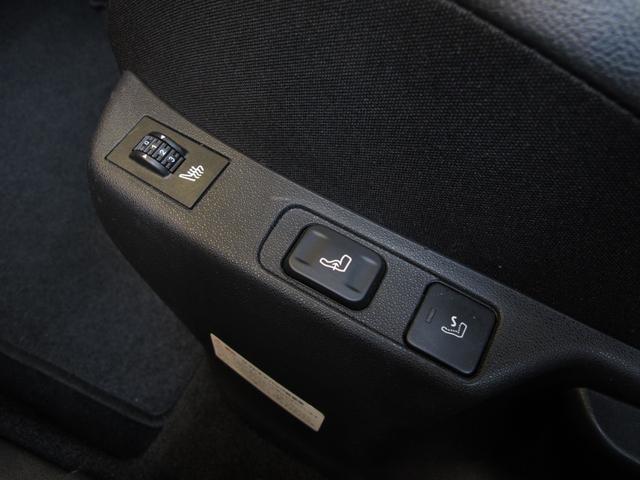 スポーツシック 6速MT ターボエンジン ディレクショナルヘッドライト 黒レザーシート  シートヒーター ブラインドスポットモニター 前後ソナー クルーズコントロール ワンセグTV ETC キーレス USB  HID(35枚目)