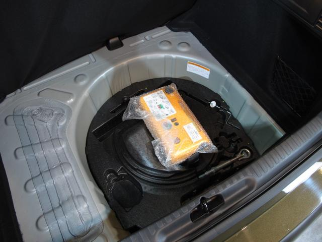スポーツシック 6速MT ターボエンジン ディレクショナルヘッドライト 黒レザーシート  シートヒーター ブラインドスポットモニター 前後ソナー クルーズコントロール ワンセグTV ETC キーレス USB  HID(39枚目)