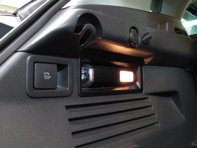 シエロ 1.6Lターボ アイシンAW製6速AT パノラミックガラスルーフ ヘッドアップディスプレイ グリップコントロール SDナビ 地デジTV バックカメラ ハンズフリー ハーフレザーシート HID ETC(78枚目)
