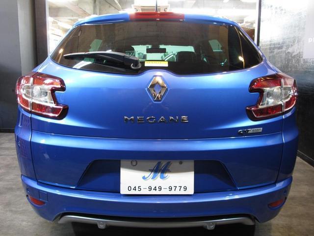 GT 220 6速MT 2Lターボ 禁煙車 ハーフレザーシート クルーズコントロール ミラー型ドライブレコーダー Bluetooth ETC USB AUX キーレス 専用純正18インチAW(21枚目)