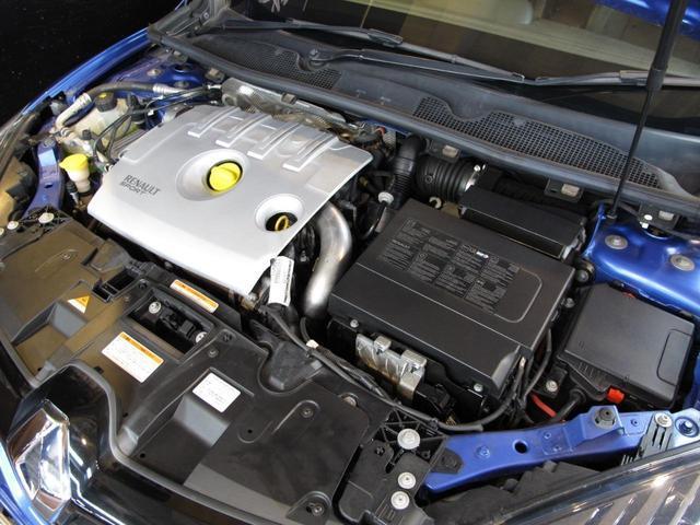 GT 220 6速MT 2Lターボ 禁煙車 ハーフレザーシート クルーズコントロール ミラー型ドライブレコーダー Bluetooth ETC USB AUX キーレス 専用純正18インチAW(37枚目)