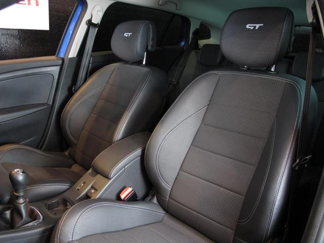 GT 220 6速MT 2Lターボ 禁煙車 ハーフレザーシート クルーズコントロール ミラー型ドライブレコーダー Bluetooth ETC USB AUX キーレス 専用純正18インチAW(75枚目)