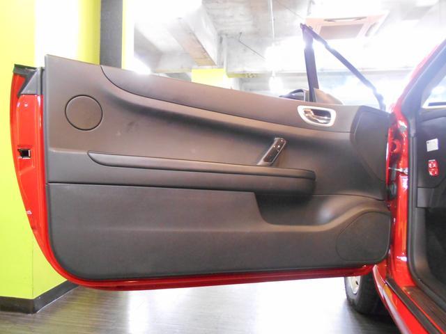 プジョー プジョー 307 CC 2.0 ワンオーナー 禁煙車 黒革シート HDDナビ