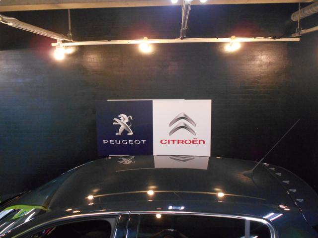 プジョー プジョー 308 GTi270 byプジョースポール