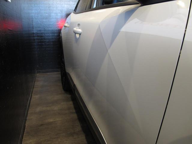 「プジョー」「e-2008」「SUV・クロカン」「神奈川県」の中古車16