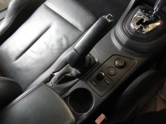 インテグラルレザー・パック 禁煙車 受注生産インテグラルレザーパック 1.6Lターボ アイシンAW製6速AT ブラックレザーパワーシート シートヒーター 社外フルセグTVナビ 純正19インチAW(23枚目)
