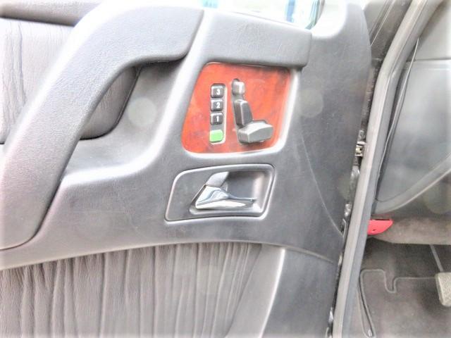 「メルセデスベンツ」「Mクラス」「SUV・クロカン」「東京都」の中古車24