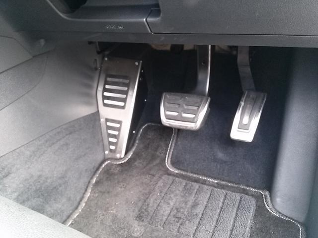 フォルクスワーゲン VW ゴルフR 4WD