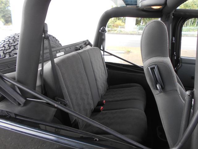 スポーツ リフトアップ BFGタイヤ ラグナホイール ポケットオバフェン メッキグリル USテール Bluetoothオーディオ ETC(33枚目)