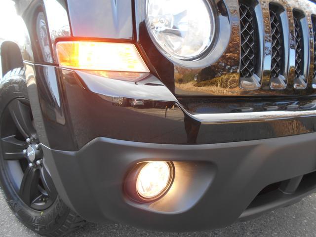 リミテッド 国内最終BLACKリミテッド 新品OPENCOUNTRYタイヤ装着 純正アルミマットブラック加工 カロッツェリアナビ フルセグ ETC サイドバイザー サイドカメラ 純正キーレス ワンオーナー車(30枚目)