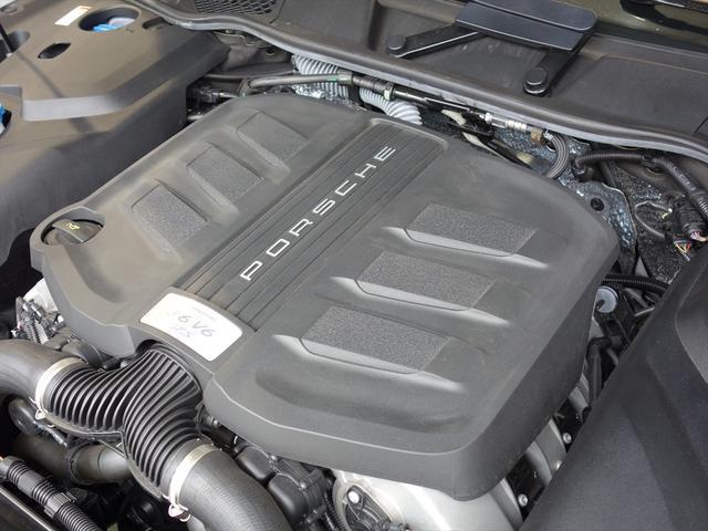 ポルシェ ポルシェ カイエン GTS 後期型 ワンオーナー 左H ディーラー車 新車保証付