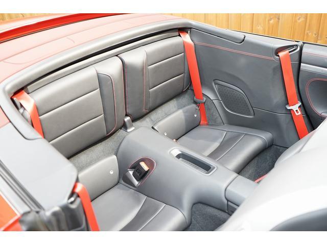 911ターボ カブリオレ 毎年ディーラー整備 ディーラー車(15枚目)