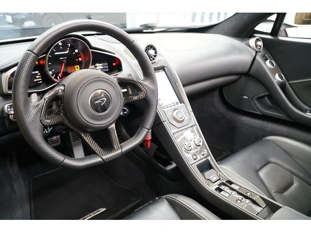 「マクラーレン」「MP4-12Cスパイダー」「オープンカー」「東京都」の中古車11