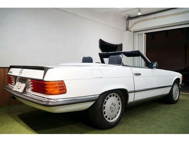 「メルセデスベンツ」「SLクラス」「オープンカー」「東京都」の中古車25