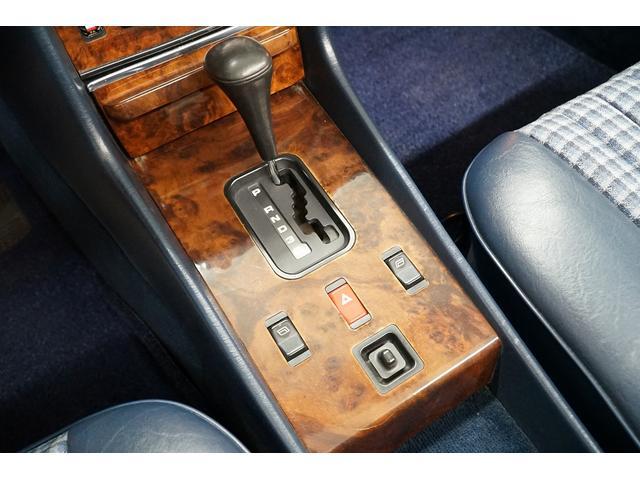 「メルセデスベンツ」「SLクラス」「オープンカー」「東京都」の中古車32