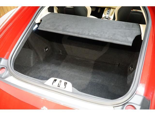 「フェラーリ」「812スーパーファスト」「クーペ」「東京都」の中古車32