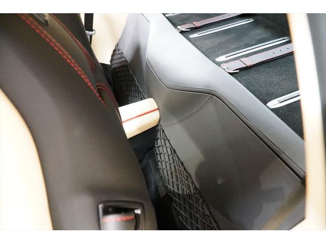 「フェラーリ」「812スーパーファスト」「クーペ」「東京都」の中古車42