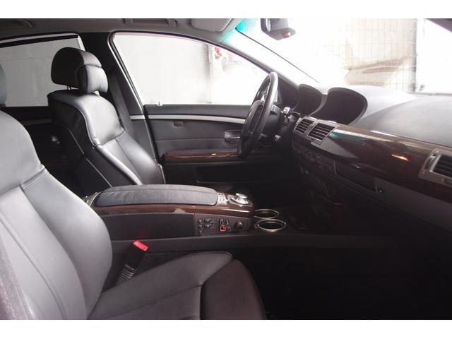BMW BMW 745i 左ハンドル ワンオーナー 禁煙車