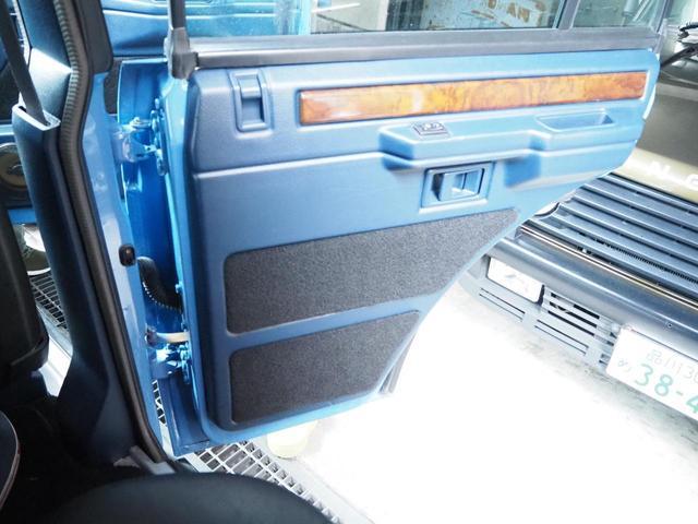 「ランドローバー」「レンジローバー」「SUV・クロカン」「東京都」の中古車33