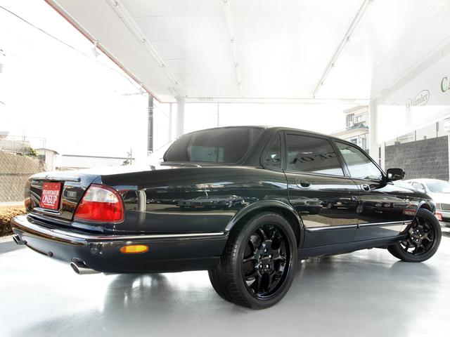 XJ スポーツ3.2-V8 19インチAW 社外マフラー(14枚目)