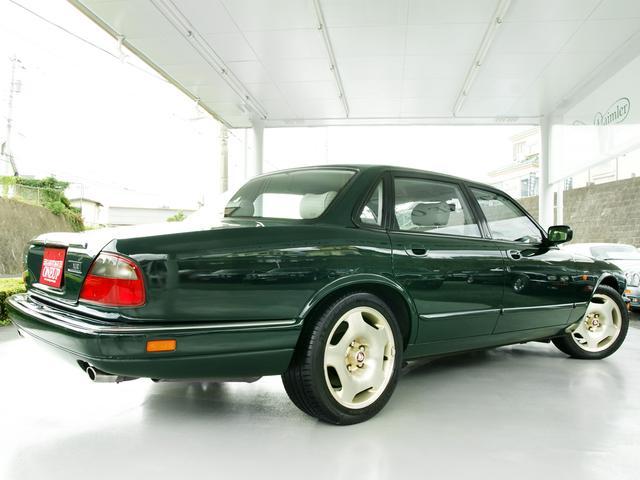 XJR 4.0スーパーチャージド 50台限定車アニバーサリー(14枚目)