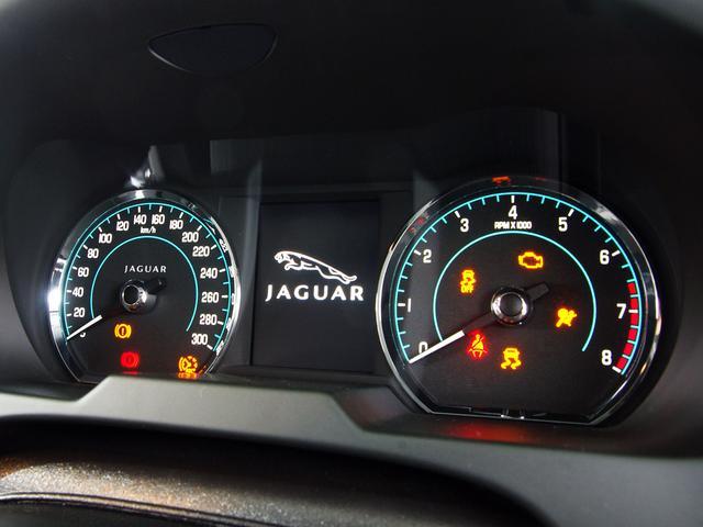 「ジャガー」「ジャガー XF」「セダン」「東京都」の中古車36