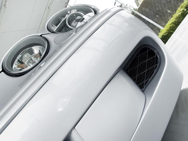 R 2007MY・後期最終『R』モデル・法人ワンオーナー・4.2スーパーチャージド(406PS)・専用インテリア・ブラック&ホワイトコンビ ソフトグレインスポーツレザーシート・カロッツェリアナビ・地デジ(13枚目)