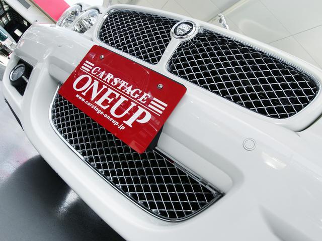 XJ 3.0ラグジュアリーリミテッド X358最終モデル・国内30台限定車・2オーナー・純正20インチ(Takoba)HID・クリアランスソナー・アメリカンカールウッド・ソフトグレインレザー・シートエアコン&ヒーター・16ウェイ電動シート(12枚目)