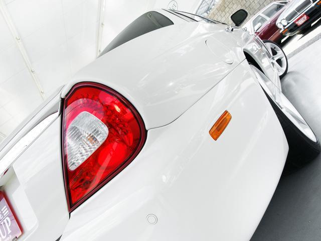 XJ 3.0ラグジュアリーリミテッド X358最終モデル・国内30台限定車・2オーナー・純正20インチ(Takoba)HID・クリアランスソナー・アメリカンカールウッド・ソフトグレインレザー・シートエアコン&ヒーター・16ウェイ電動シート(31枚目)