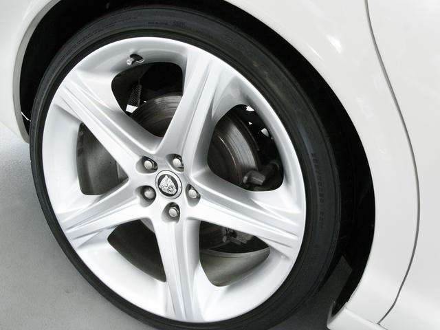 XJ 3.0ラグジュアリーリミテッド X358最終モデル・国内30台限定車・2オーナー・純正20インチ(Takoba)HID・クリアランスソナー・アメリカンカールウッド・ソフトグレインレザー・シートエアコン&ヒーター・16ウェイ電動シート(37枚目)