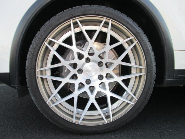 V6 左ハンドル スポーツクロノパッケージ サンルーフ シートヒーター スポーツテールパイプ パークアシスト オートマチックテールゲート BC FORGED22インチアルミ HDDナビ 地デジ バックカメラ(9枚目)