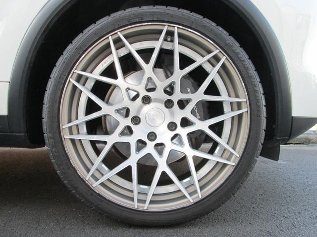 V6 左ハンドル スポーツクロノパッケージ サンルーフ シートヒーター スポーツテールパイプ パークアシスト オートマチックテールゲート BC FORGED22インチアルミ HDDナビ 地デジ バックカメラ(12枚目)