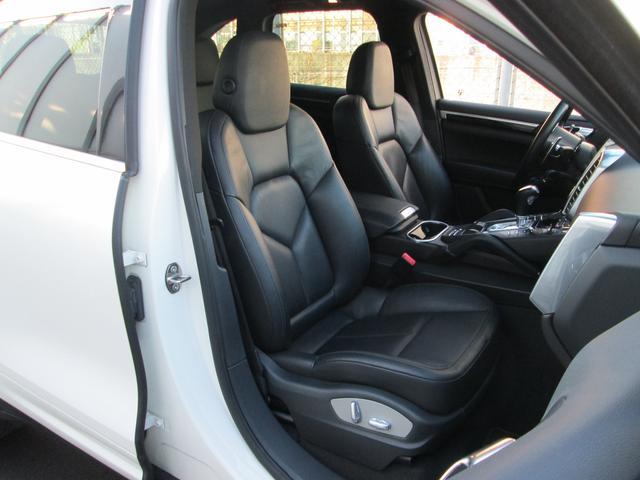 V6 左ハンドル スポーツクロノパッケージ サンルーフ シートヒーター スポーツテールパイプ パークアシスト オートマチックテールゲート BC FORGED22インチアルミ HDDナビ 地デジ バックカメラ(20枚目)