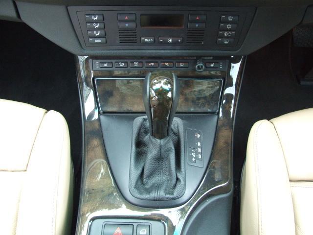 BMW BMW X5 25thアニバーサリーED4輪エアサス本革TVナビBカメラ