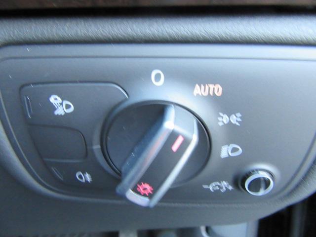 アウディ アウディ A7スポーツバック 3.0TFSIクワトロ ブラウンレザー LEDヘッドライト