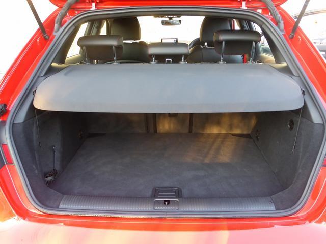 アウディ アウディ S3 スポーツバック マグネティックライド 赤キャリパー LED