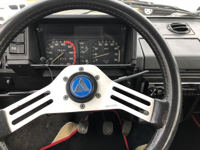 アバルト A112 ATSホイール シート張り替え済み(12枚目)