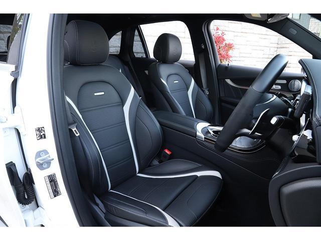 GLC63 S 4マチック+ パナメリカーナグリル パノラマサンルーフ 純正21インチAW ブルメスターサウンド ミーコネクト 新車保証付(16枚目)