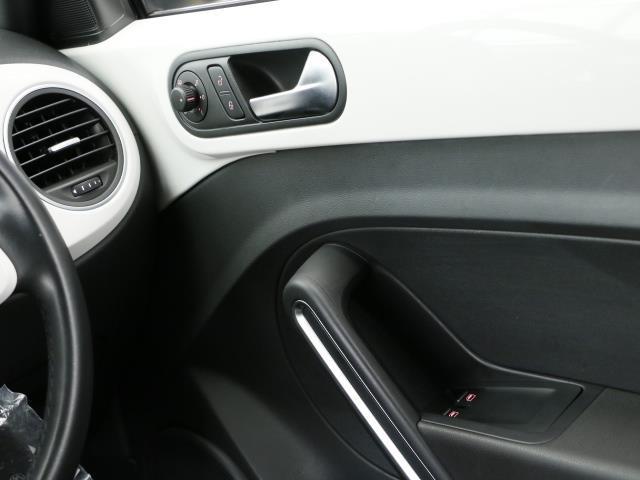 フォルクスワーゲン VW ザ・ビートル デザイン レザーパッケージ 1年保証