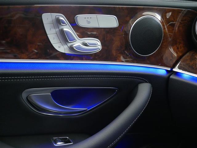 E400 4マチック エクスクルーシブ 1年保証 新車保証(14枚目)