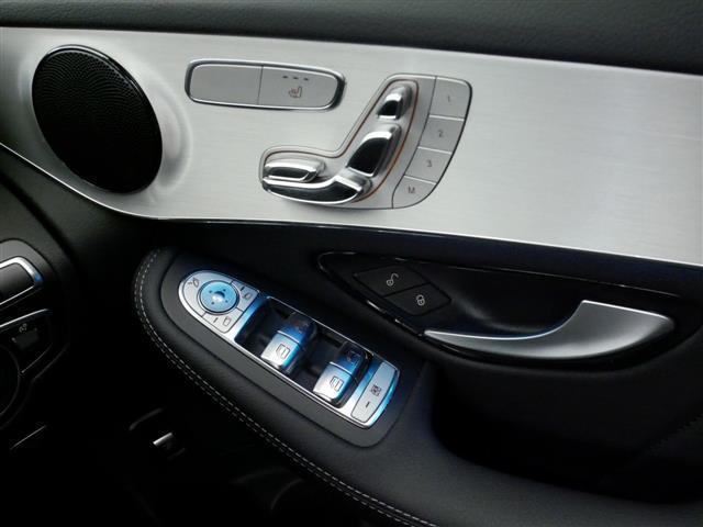 GLC220 d 4マチック スポーツ 新車保証(14枚目)