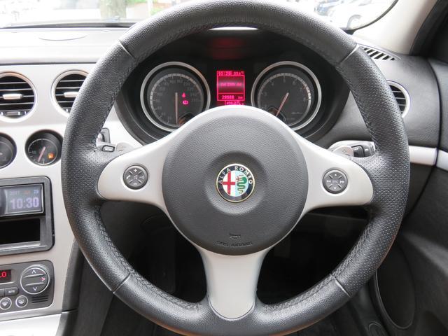 アルファロメオ アルファ159スポーツワゴン 2.2 JTSセレスピードフレッチャドーロII