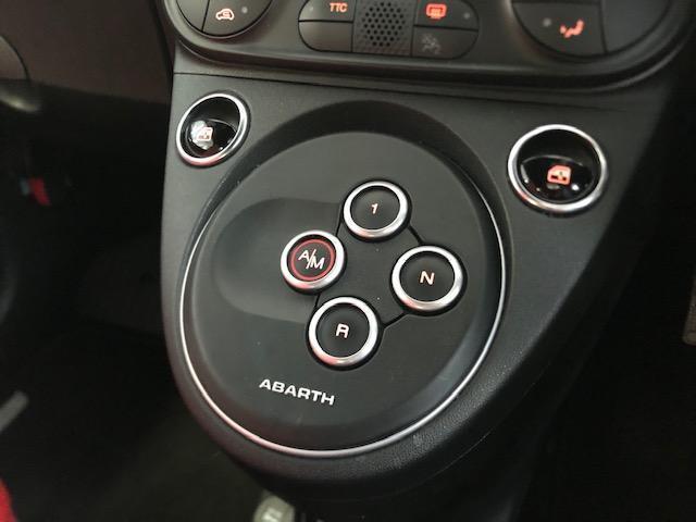 ツーリズモ 弊社社用車アップ レッドレザー 7型カープレイ オートエアコン(13枚目)