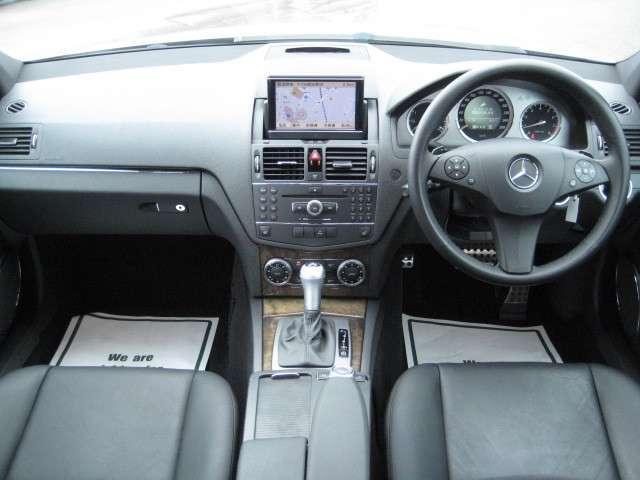 メルセデス・ベンツ M・ベンツ C200コンプレッサーAVG-S 1オ-ナ 禁煙車 黒革
