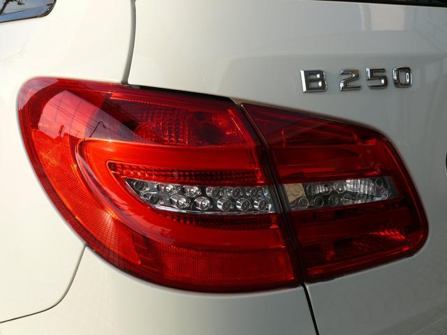 B250 EXC-RSP 黒革 SR ナビTV 2年保証付(19枚目)
