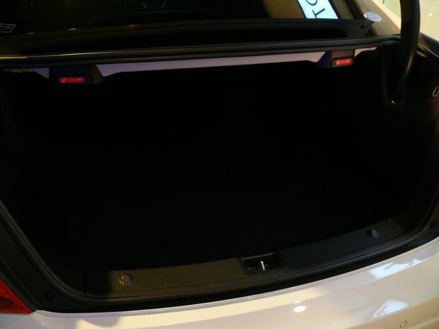 C63AMGクーペ 正規D車 1オナ Pスタ 黒革 2年保証(14枚目)