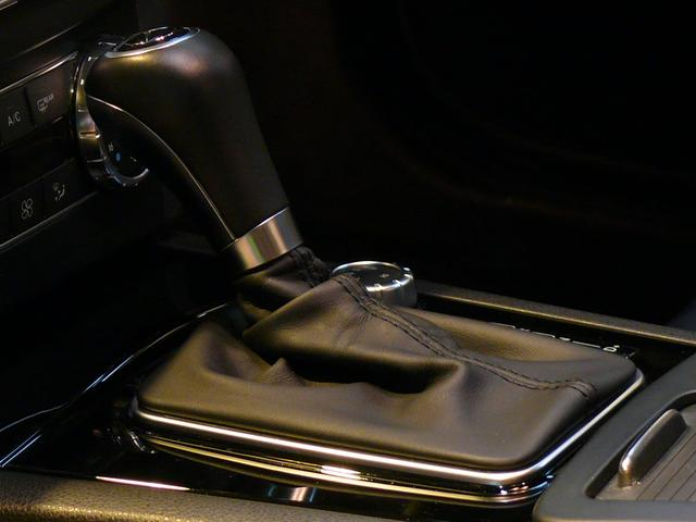 C63AMGクーペ 正規D車 1オナ Pスタ 黒革 2年保証(17枚目)