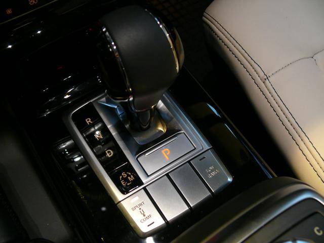 G550デジーノインテリア 白革 SR ナビTV 2年保証(16枚目)