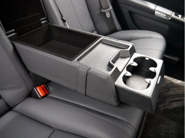 S550 V8エンジン 7速オートマ レザーシート パワーシート&シートヒーター サンルーフ キーレスゴー ナビ バックカメラ 記録簿(70枚目)