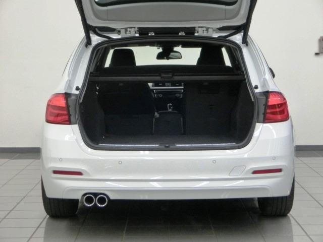 BMW BMW 320dツーリング レーンチェンジウォーニング